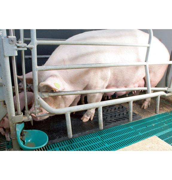 Porca fix Gummimatte wird unter die Sau gelegt - ohne Befestigung